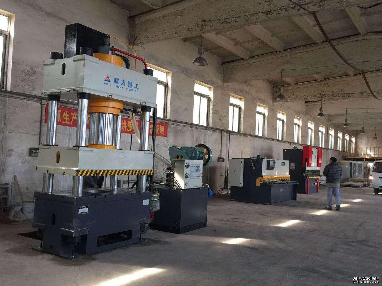 天津不锈钢水箱板生产厂家使用设备